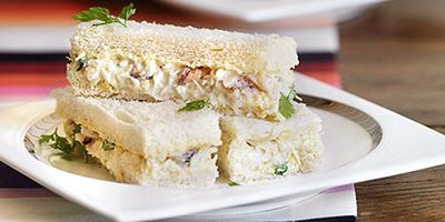 "Recipe: <a href=""https://kitchen.nine.com.au/2016/05/19/13/16/crab-sandwiches"" target=""_top"">Crab sandwiches</a>"