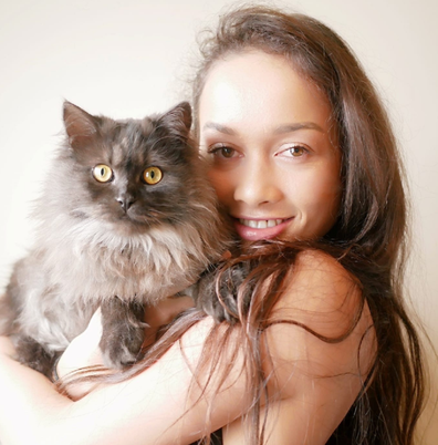 Ngahia Murchie recovery from eating disorder with cat