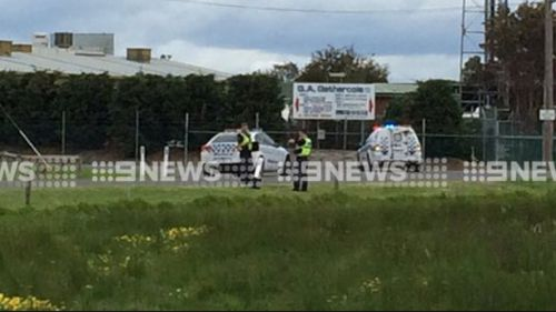 Man shot in the leg near abattoir in Carrum Downs