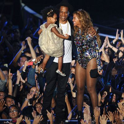 <p>Blue Ivy Carter - Future record exec?</p>