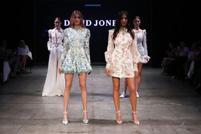 """<p>David Jones turned up the heat yet again with Victoria's Secret angel Victoria Lee and David Jones ambassador Jessica Gomes leading the way at the David Jones autumn/winter 2018 collection launch.</p> <p>Australia's style setsuch as Lindy Klim, Kate Waterhouse and Jasmine Yarbrough were treated to a runway extravaganza with the best of Australian designers including Rebecca Vallance, Manning Cartell, Alice McCall and more.</p> <p>Strong, sharp feminine styles and sophisticated, structured silhouettes were the stars of the show.<br /> Jessica Gomes told 9Style her favourite trend from the show was the power suit. """"I love a pant suit right now. I love putting on a power suit and feeling really strong,"""" she tells """"You can mix and match them too. Rebecca Valannce has done a great pant suit this season, and Balmain do a great blazer.""""</p> <p>And in a move that's long over-due, we saw women of all ages take to the runway, proving age is to barrier when it comes to style.<br /> Gomes, who was part of the casting panel this year for the retail giant, said she was proud to be part of such an inclusive show. """"It's really important for fashion to be inclusive and diverse,"""" she tells. """"DJ want to represent everyone and that's what I love about them.""""</p> <p>Take a front row seat right here.</p>"""