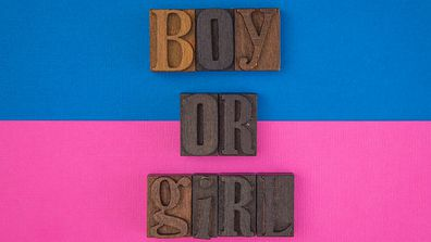 Baby boy or girl sign