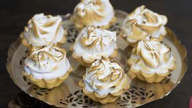 Kirsten Tibballs' tropical fruit mince Christmas tarts