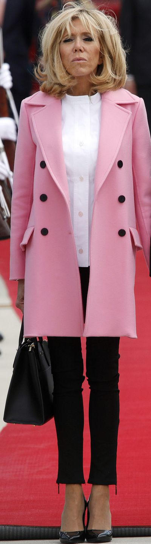 <p>Brigitte Macron wearing Louis Vuitton in Washington D.C in June, 2018&nbsp; </p>