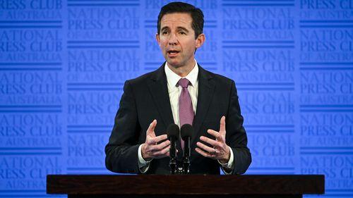 Qantas stops international flights until October due to coronavirus