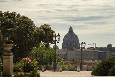 <strong>4.St. Peter's Basilica– Vatican City, Italy </strong>