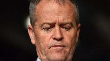 Labor leader Bill Shorten has greeted pubgoers in north-western Tasmania, after a day absent from the by-election campaign trail. Picture: AAP