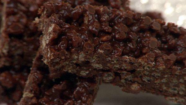 Crunchy chocolate bars