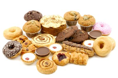 Sugary processed foods: chocolate, biscuits, cakes, pastries, doughnuts, etc
