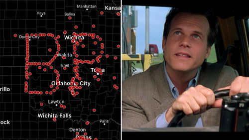 Storm chasers create remarkable tribute to late actor Bill Paxton