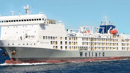 Ship with 13,000 livestock on board still stranded in WA