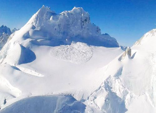 Indian soldier rescued after six days in Himalayan avalanche