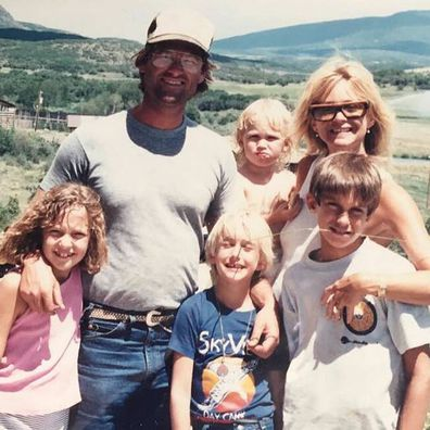 Goldie Hawn and Kurt Russell with their children.