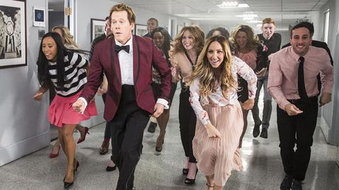 He's still got the moves! Kevin Bacon recreates Footloose on Tonight Show
