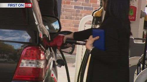 The NRMA has calculated which petrol savings are worthwhile. (9NEWS)