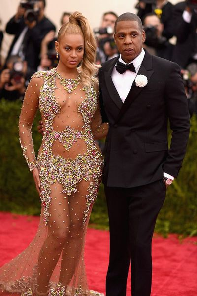 Jay Z and Beyoncé in Givenchy attend China: Through the Looking Glass Costume Institute Benefit Gala in 2015<br> <div> </div>