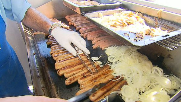 Bunnings Stores Having Sausage Sizzle For Those Impacted By Qld