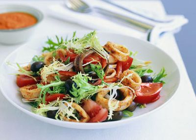 """<a href=""""http://kitchen.nine.com.au/2016/05/19/19/15/barbecued-squid-endive-and-olive-salad-with-romesco-sauce"""" target=""""_top"""">Barbecued squid, endive and olive salad with Romesco sauce<br /> </a>"""