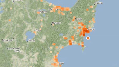 Powerful 5.3 quake hits New Zealand coast.
