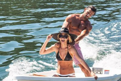 "It's a tough job being social media's most sun-kissed lovers, but Tim Robards and Anna Heinrich are totally up to the task.<br/><br/><i>The Bachelor</i>'s selfie-loving couple spent the first weekend of 2015 lapping up the summer sunshine in Sydney. Of course, they documented the whole thing on Instagram… because all that bikini posing, muscle flexing and romantic shoulder-rubbing needs an audience, right?<br/><br/>Scroll through their snaps and watch their ocean-jumping Instagram video here.<br/><br/>Images: Instagram/Tim Robards/Anna Heinrich.<br/><br/>Author: Adam Bub. <b><a target=""_blank"" href=""http://twitter.com/TheAdamBub"">Follow on Twitter</a></b>."