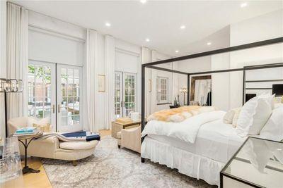 <strong>Jennifer Lopez Manhattan penthouse</strong>