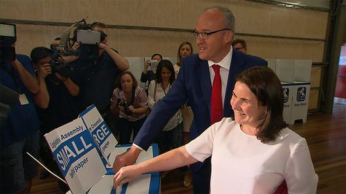 Luke Foley visited several ballot sites across Sydney today. (9NEWS)