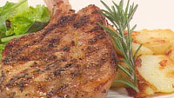 Pork cutlet with fennel, orange & rosemary – dinner for one