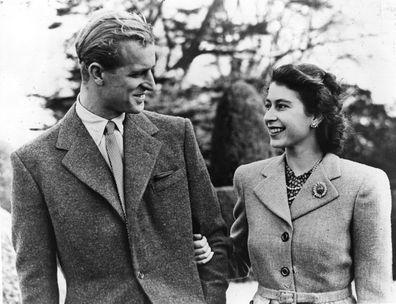 Official photograph of Princess Elizabeth and her husband the Duke of Edinburgh on honeymoon at Broadlands, Romsey, Hampshire (Photo: November 23, 1947)