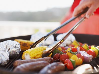 Barbequing foods