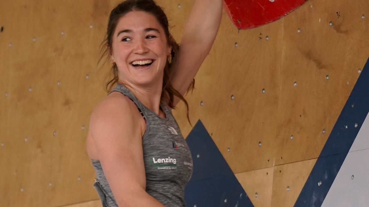 Climbing's governing body forced to apologise over inappropriate images of star