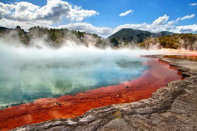 <strong>Thermal pool,&nbsp;Rotorua</strong>