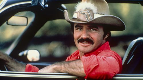 "eynolds' notoriety soared through the late 1970s and 1980s, during which time he spearheaded the ""Smokey and the Bandit"" and ""Cannonball Run"" movie franchises. He also earned People's Choice Awards in 1979, 1982 and 1983 as all-around male entertainer of the year"