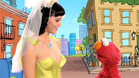 Sneak peek: Katy Perry wants to play with Elmo on Sesame Street