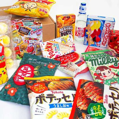Thai Kee's Japanese Snack Gift Box