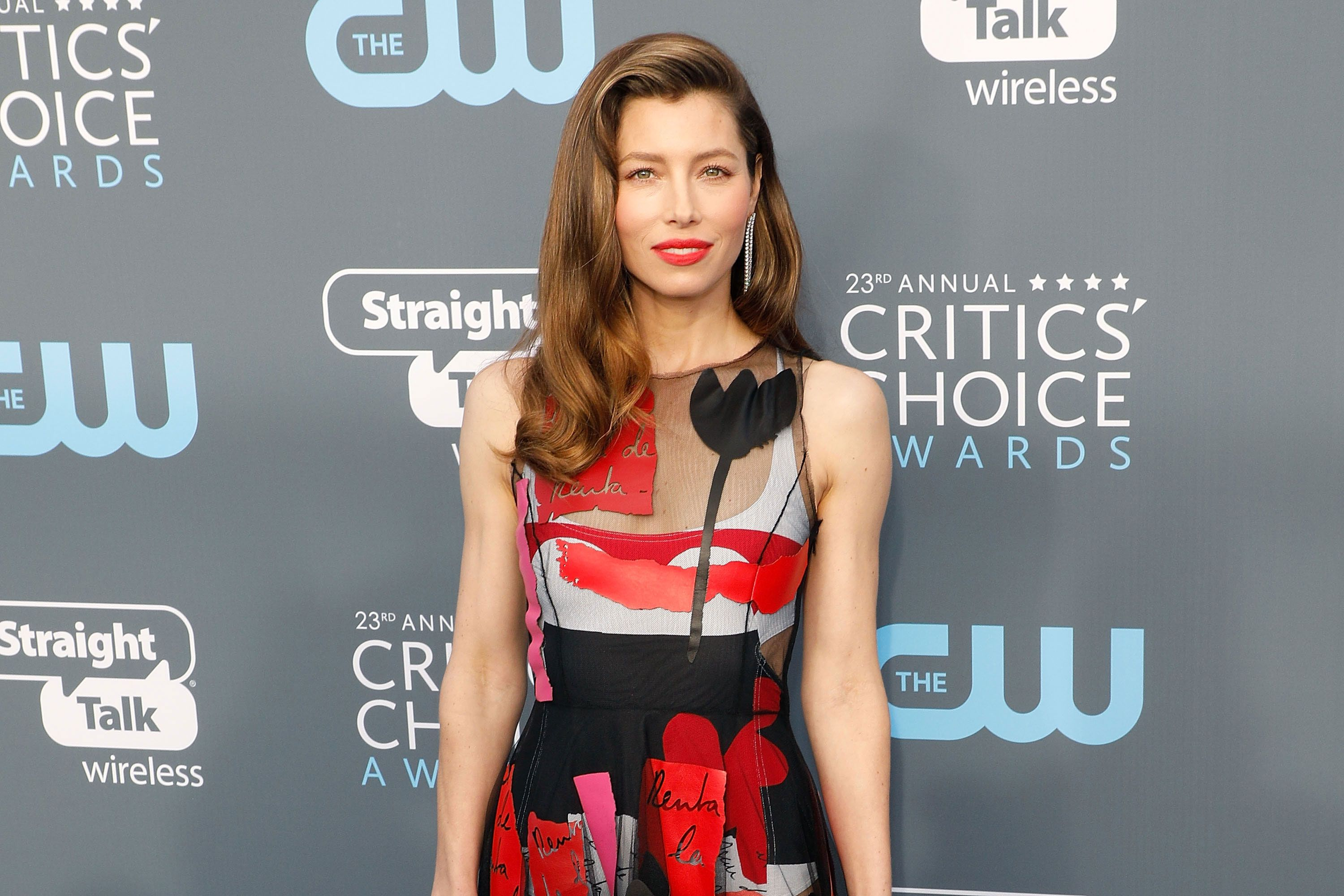 Jessica Biel tells really funny vagina (or is it vulva?) jokes