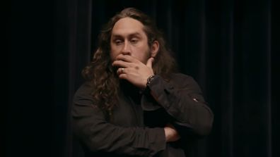 Ross Noble and TheVeronicas have creative differences