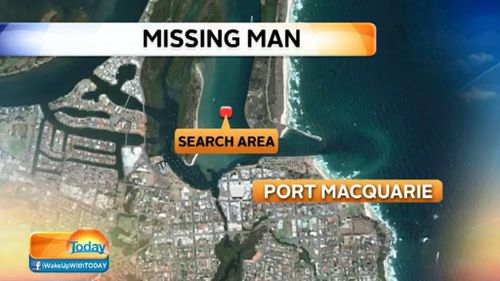 Search on for man missing in Hastings River on NSW north coast