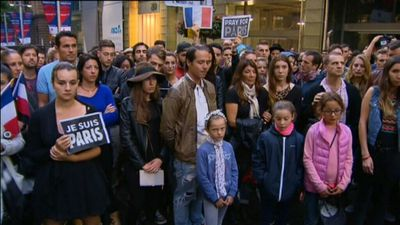 Sydneysiders gathered in Martin Place in support of the French community. (9NEWS)