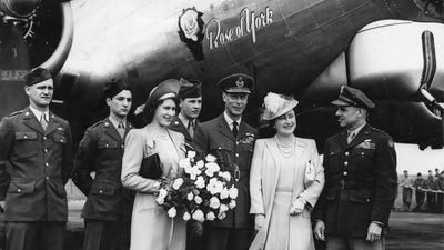 The royals visit a USAAF base during WWII