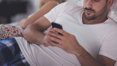 Cheating infidelity texting