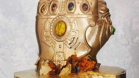 Avengers: Infinity War Cake