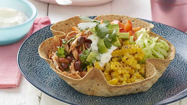 Healthy nacho bowl