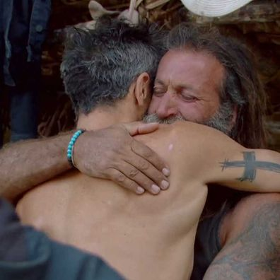 Lee Carseldine exits Survivor after receiving news that his mother had suffered a stroke.