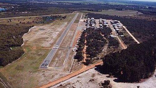 Light plane crashes at West Australian airstrip