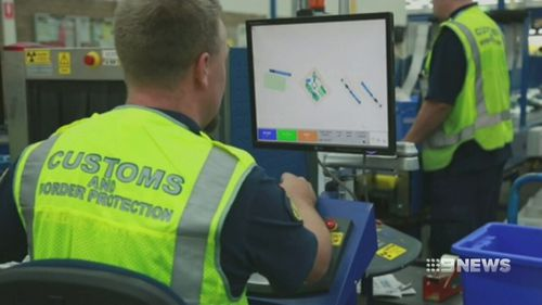 The vision comes as Queensland Police claim the state's online drug trade is seeing dealers take advantage of addicts to rob, bash and rip them off. Picture: 9NEWS.