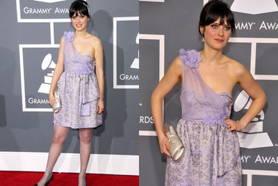 Not only is Zooey Deschanel's strapless bra failing her, but her purple opaque tights and black patent shoes are also making us cringe. <br/>