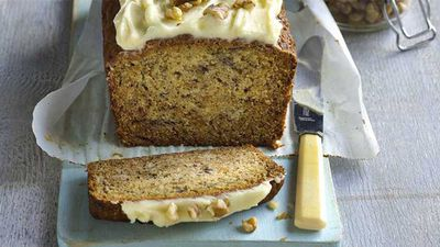 "Recipe: <a href=""http://kitchen.nine.com.au/2017/08/08/14/13/one-bowl-banana-cake-with-cream-cheese-icing"" target=""_top"">Easy one bowl banana cake</a>"