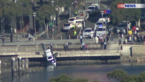 Man drives car into Sydney Harbour