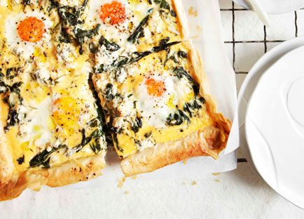 Egg, spinach, rocket and feta breakfast tart