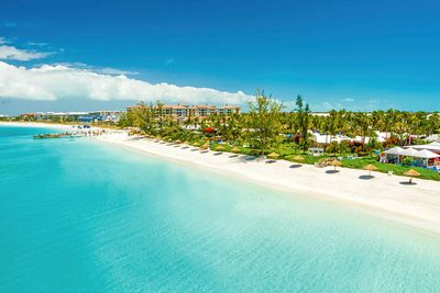<strong>1. Grace Bay, Turks and Caicos Islands</strong>
